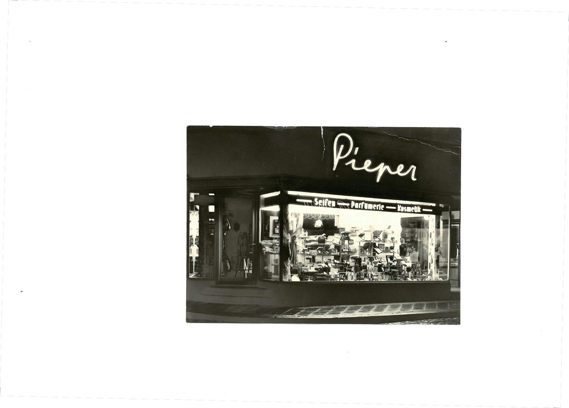 Parfumerie-Pieper_Herten-1951