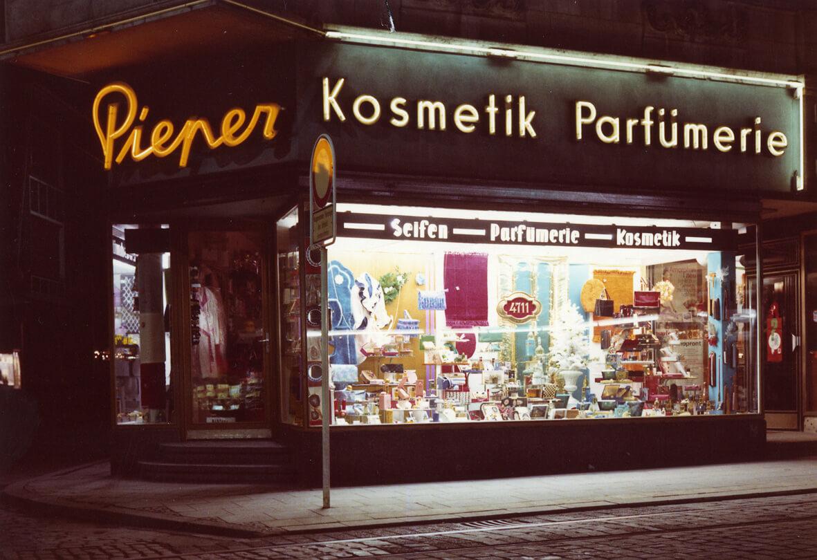 Parfumerie-Pieper_Herten-1953